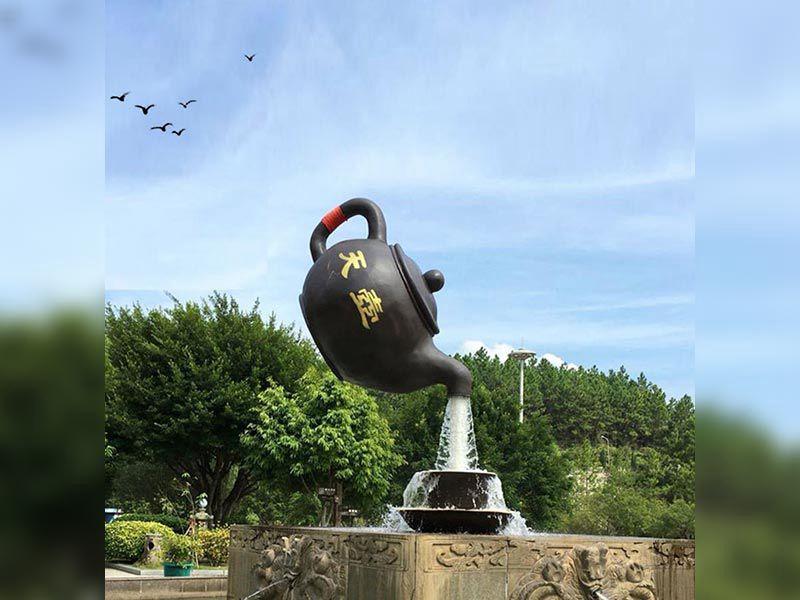 流水天壶雕塑设计认知
